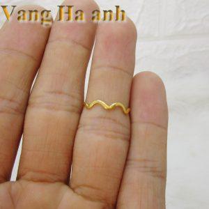 Nhẫn vàng tây nữ lượn sóng 2